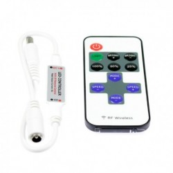 Blinker and light-dimming switch with remote control for single colored Light1 jacket