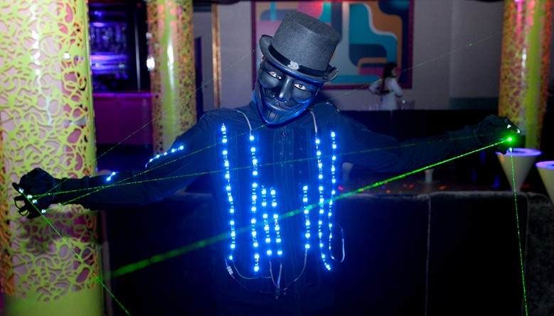 Customizable led jacket by Lumiwear